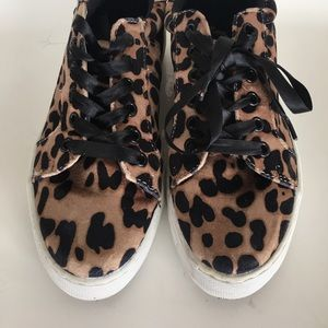 Report Shoes - Report: Leopard Sneakers